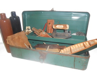 """Vintage Rusty Large Green Metal Tackle Box from 1960s - 18.5"""" x 7"""" x 6.5"""" - Display Box for Man Cave Items"""
