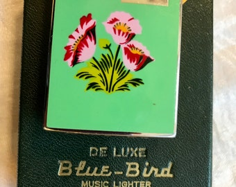 """Brilliant~1950's Mint Green & Floral Blue Bird Hadson Musical Lighter~ Plays """"Smoke Gets in Your Eyes"""" Retro, Mid Century Modern, Tobacciana"""