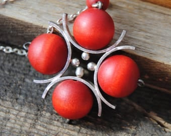 AARIKKA KIJA Finnish Mid Century Modern Scandinavian Necklace Wood Beads Silver Plated