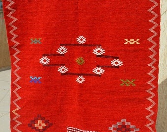 Vintage red hadmade Moroccan rug