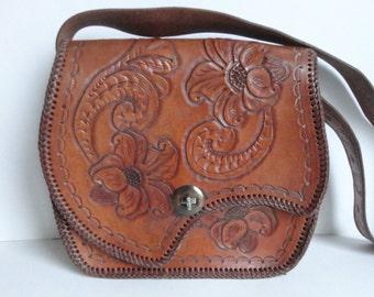 Cool Brown 70s Vintage Tooled Leather Bag // Shoulder Bag // Tooled Flowers