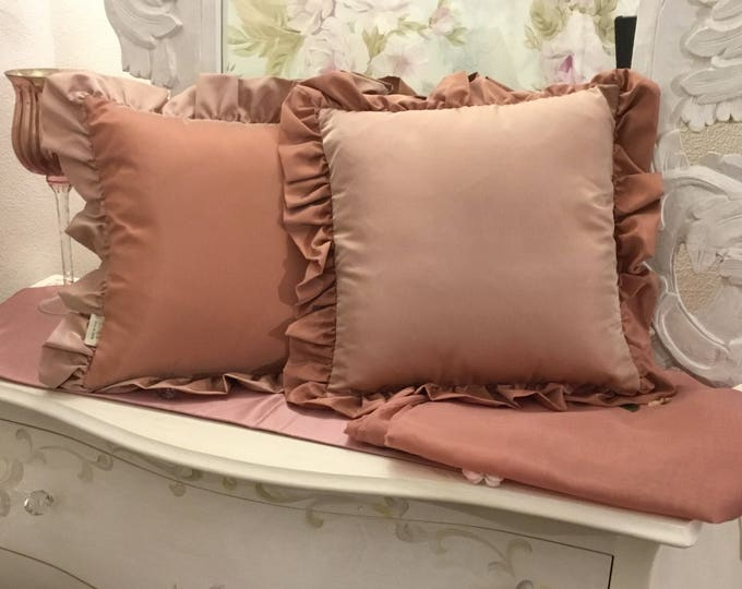 antique pink pillow set