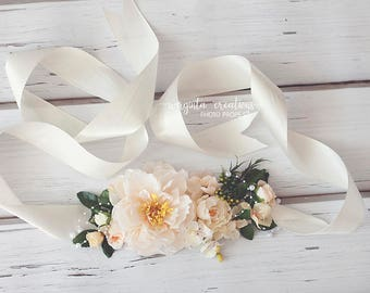 Beautiful maternity belt. Cream. Over 2 meters long. Photo props. Ready to send