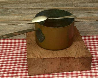 COPPER & IRON SAUCEPAN; A Very Heavy Vintage/Antique Solid Copper and Iron Sauce Pan with a great patina.