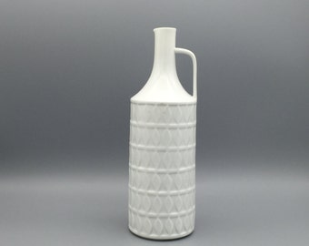 "Hutschenreuther  Lorenz H. since 1857 , Op Art  white  porcelain handled Vase ,, Kunstabteilung "" design serie 1960s West Germany."