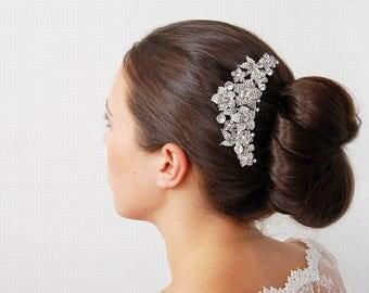 Gorgeous Diamante Flower Hair Comb