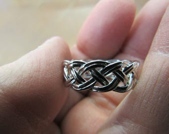 Hand Made Celtic Knot 925 Silver Ring Size 8