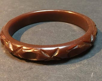 Vintage Chocolate Deep Carved Bakelite Bangle Tested