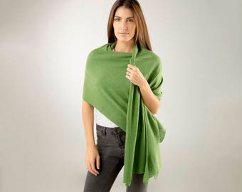Green Cashmere Wrap/Fern Green 100% Cashmere Wrap/Cashmere Wrap/Green Cashmere Scarf