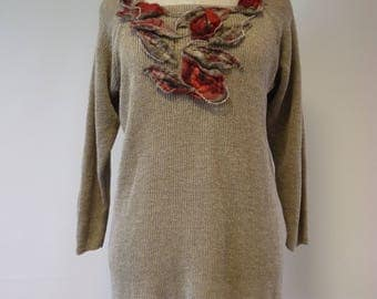 Special price. Casual linen sweater with felted decoration, L size. Made of pure linen.