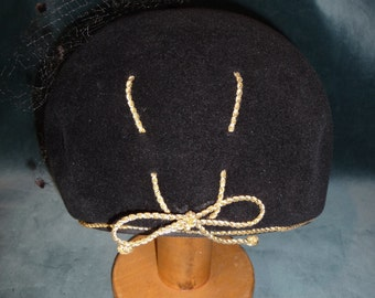 Vintage Simplified Turban Black with Gold Ribbon Accent