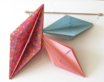 RESERVED /Mobile geometric origami