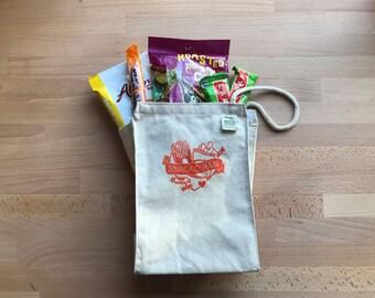 """Snack Queen - 10""""x7.5"""" Lunch Bag"""