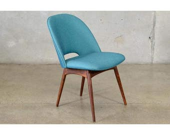 Adrian Pearsall 1404-C Scoop Chair (F5DPLX)