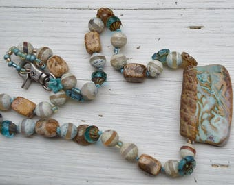 Earthy boho necklace AtHomeInToas - DayLilyStudio