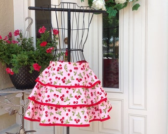 Ladies Ruffled Apron