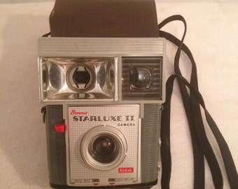 Camera vintage KODAK Brownie Starluxe 2 Camera + original leather case