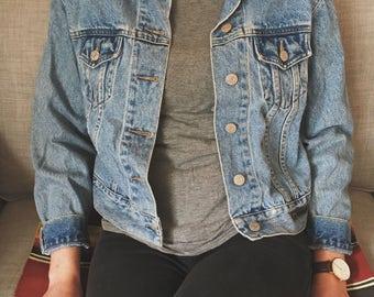 Jean jacket Guess women's small