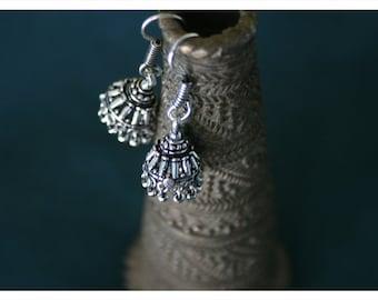 Hea, earrings of Tibetan silver
