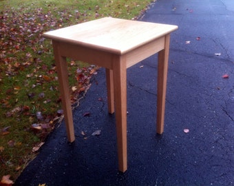 Red Oak End Table / Side Table
