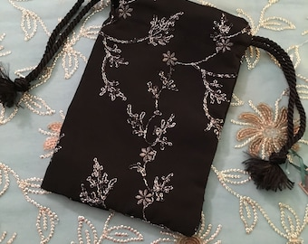 Reticule, BLACK embroidered silver, medium small reticule, Handmade, late 18th to late 19th century, silver floral design