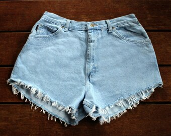 Frayed Denim Shorts High Waisted Cutoff Mom Jeans Light Wash 30 Waist