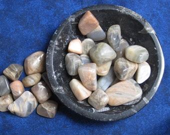 Moonstone Crystal Tumblestone, Pink Crystal, Grey Crystal, Tumbled Stone, Crystal Healing, Polished Crystal, Healing Crystal