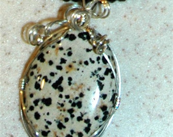 Wirewrapping  Dalmation Pendant and Onyx Necklace