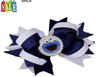 Cookie Monster hair bow Sesame Street hair bow, kids hair bow girls hair bow, Birthday hairbow, Muppets hair bow, Cookie Monster hairbow