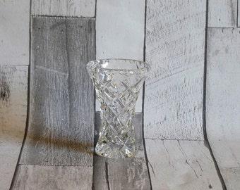 Pretty Vintage Glass Flower Bud Vase