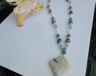 Beige Agate Stone with Turquoise jade and Quartz Stones