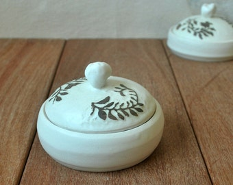 Porcelain Trinket Box, Salt Or Pepper Cellar, Ceramic Jewelry Box, Porcelain Jewelry Holder, Decorative Container, Paper Clip Container