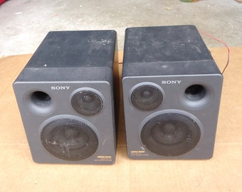 bookshelf speakers vintage,sony boombox ghetto blaster,mega bass reflex 2 way,garage speakers.works