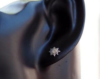 Sun Stud Earrings,  925 Sterling Silver, Dainty Earrings, Sun jewelry, Sun post - SB125