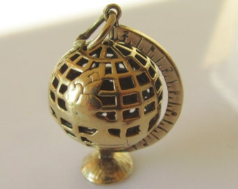 Large 9ct Gold Globe Charm or Pendant Moves