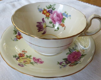 Vintage Aynsley Bone China England Floral Spray on Cream Tea Cup & Saucer with Gold Trim