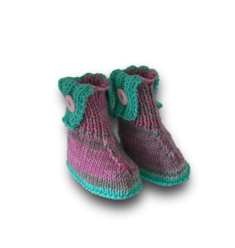 Sweaters Knitting Patterns : Winter coloured baby boots knitting pattern baby ugg baby