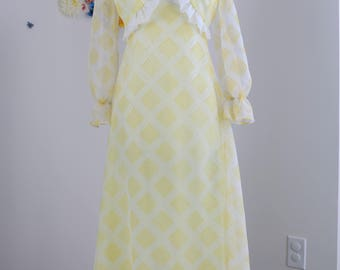 1970s Dress - Two Piece A-line Maxi Dress - Long Sleeve Bolero Jacket - Ruffle Trim - Yellow White Plaid - Boho - Summer Spring - Size S/M