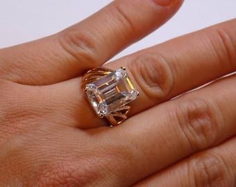 10kt Yellow Gold White Topaz Emerald Cut ring
