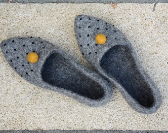 Eco-friendly Felted slippers Undyed grey wool shoes Mother's Day gift Wool clogs