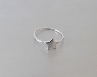 Sterling Silver 925 Star Ring - Solid Silver Stacking Ring - Dainty Star Ring - Simple Stacking Ring
