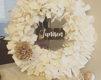 Personalized fabric wreath