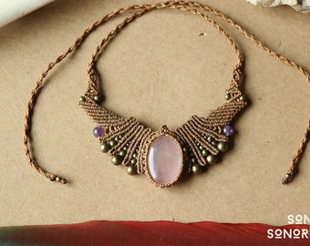 macrame rosequartz necklace with brass & amethyste beads beige