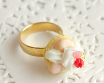 Ring Saint Honoré raspberry and gold Fimo, Adjustable ring, miniature handmade polymer clay