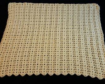 Baby blanket crocheted