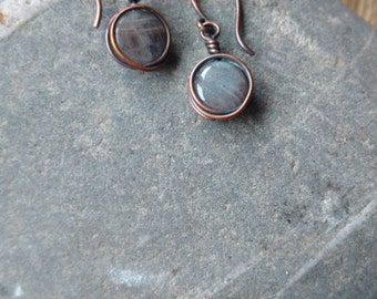 Round Labradorite and Copper Drop Earrings, labradorite earrings, labradorite and copper, labradorite drop earrings