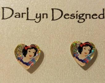 Snow White magnetic earrings