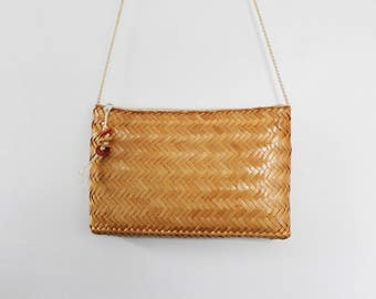 Vintage Woven Straw Crossbody Purse / Wicker Purse / Rattan Purse / Boho
