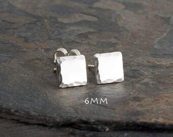 Tiny Silver Square Stud Earrings,Minimalist Earrings,Flat Square Earrings,Dainty Earrings,Geometic Silver Earrings,Handmade Earrings,4mm