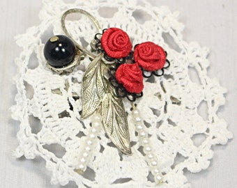 Handmade Victorian Inspired White Crochet Motif Brooch Pendant Hair Clip With Red Satin Roses Beads And Part Of Vintage Brooch